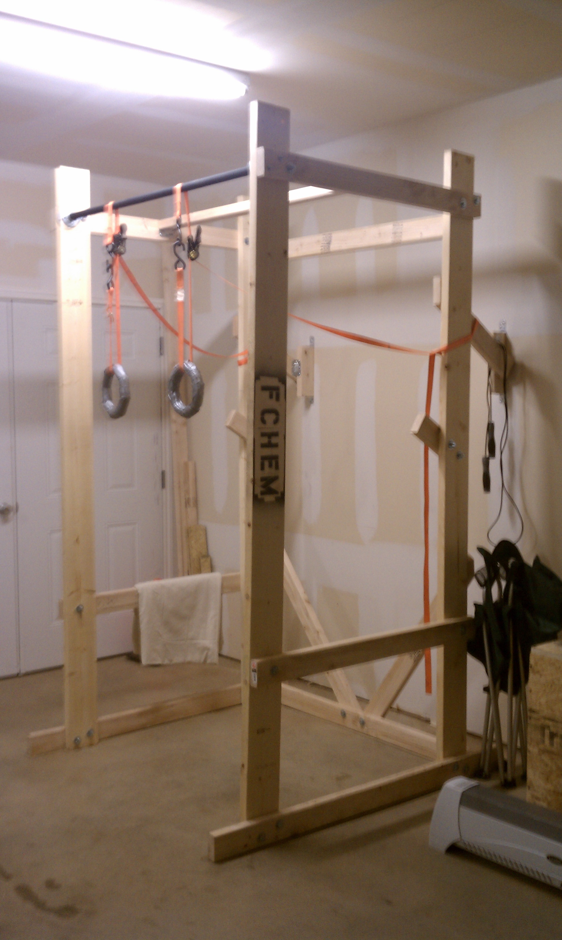 Build your own crossfit power rack end of three